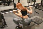 Trening siłowy - jak dobrać obciążenie Istotą treningu siłowego jest odpowiednie zmęczenie mięśni i uszkodzenie włókien białkowych, które je budują. Aby tego dokonać będziemy musieli zastosować odpowiedni ciężar. W jaki sposób właściwie go dobrać? Tego dowiecie się już za chwilę.